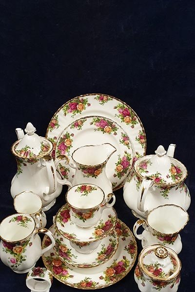 Royal Albert. Old Country Roses