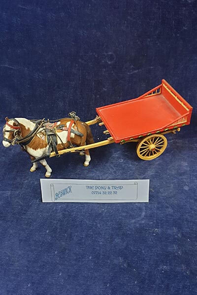 Beswick. Horse and cart .