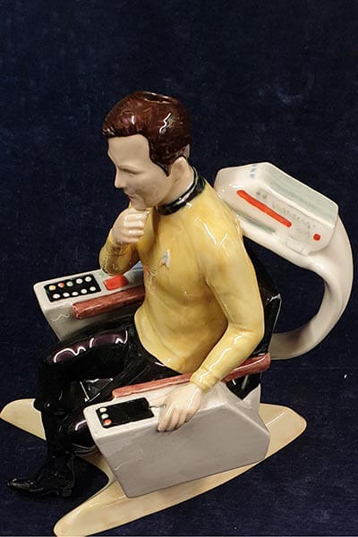 Star Trek figure. Lot 7