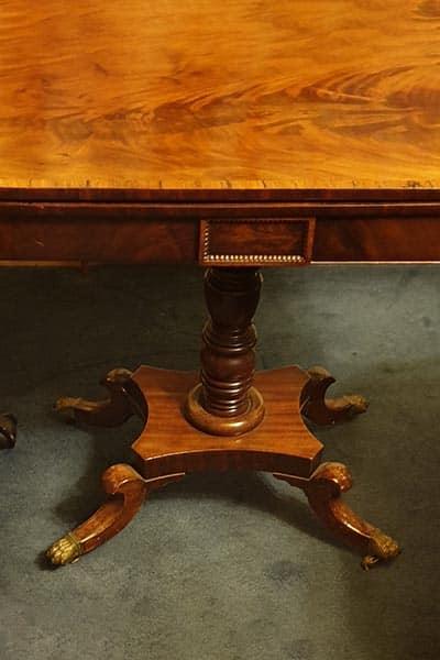 Tea table. Regency